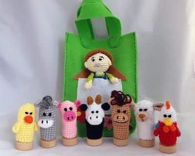 Educational toys - farm animal finger puppets