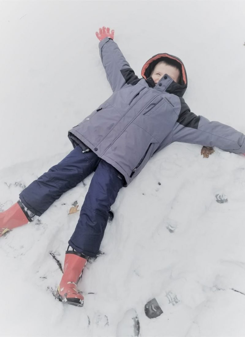 27 Unique Activities to Do with Your Kids in Winter